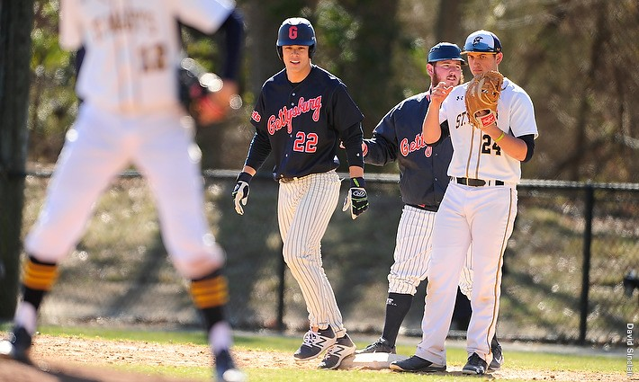 Senior captain Connor Tom delievered the only RBI for Gettysburg. Photo credit: David Sinclair