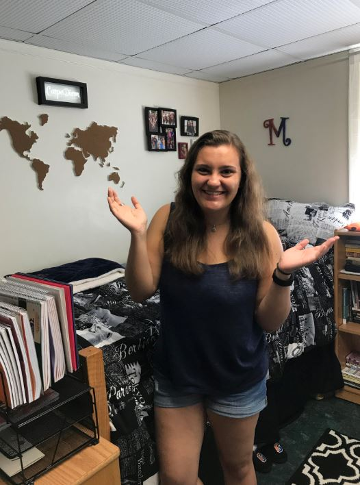 First-year Maddie Neiman shares her experience setting up her room with the assistance of several relatives