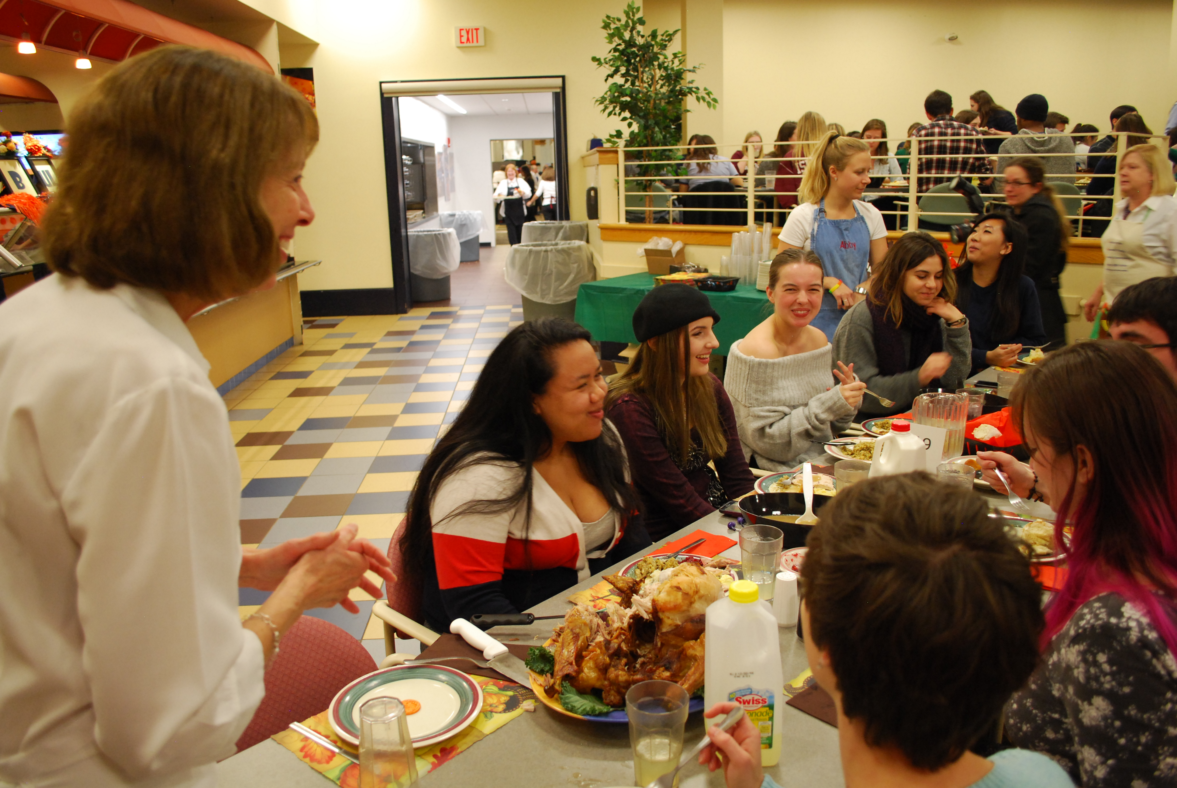 President Janet Morgan Riggs converses with students at Servo Thanksgiving (Photo Jamie Welch / The Gettysburgian)