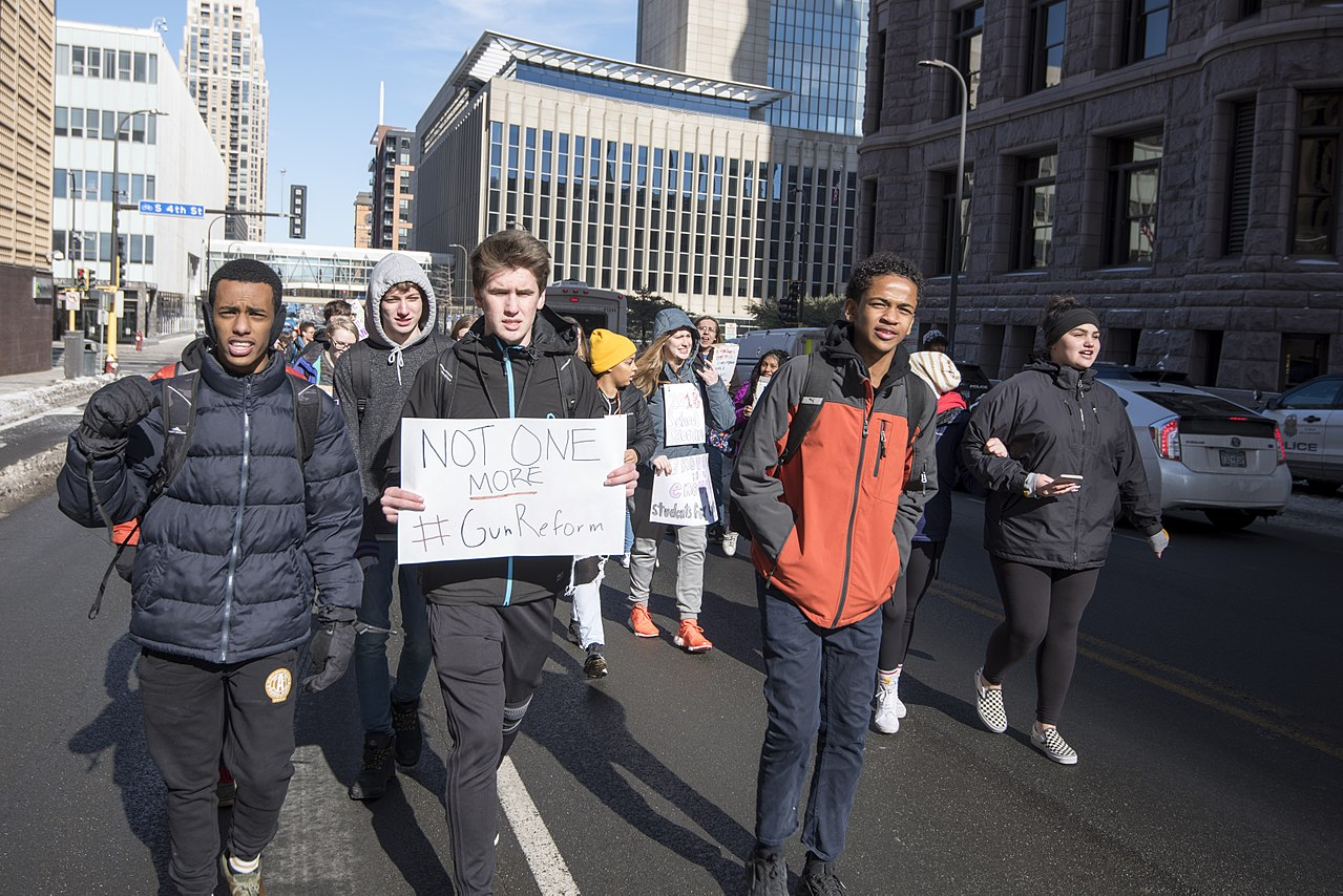 Around 200 students from South High School in Minneapolis went to Minneapolis City Hall to protest recent gun violence and call for gun law reform such as restricting the sale of assault rifles. (Photo Fibonacci Blue/Wikimedia Commons)