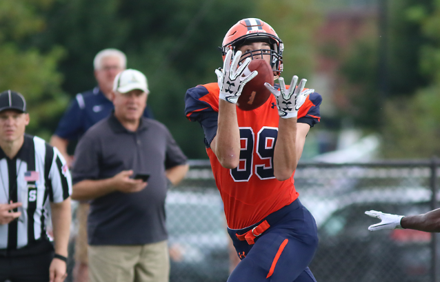 Sophomore wide receiver Joey Razzano hauls in a pass (Photo courtesy of Gettysburg College Athletics)