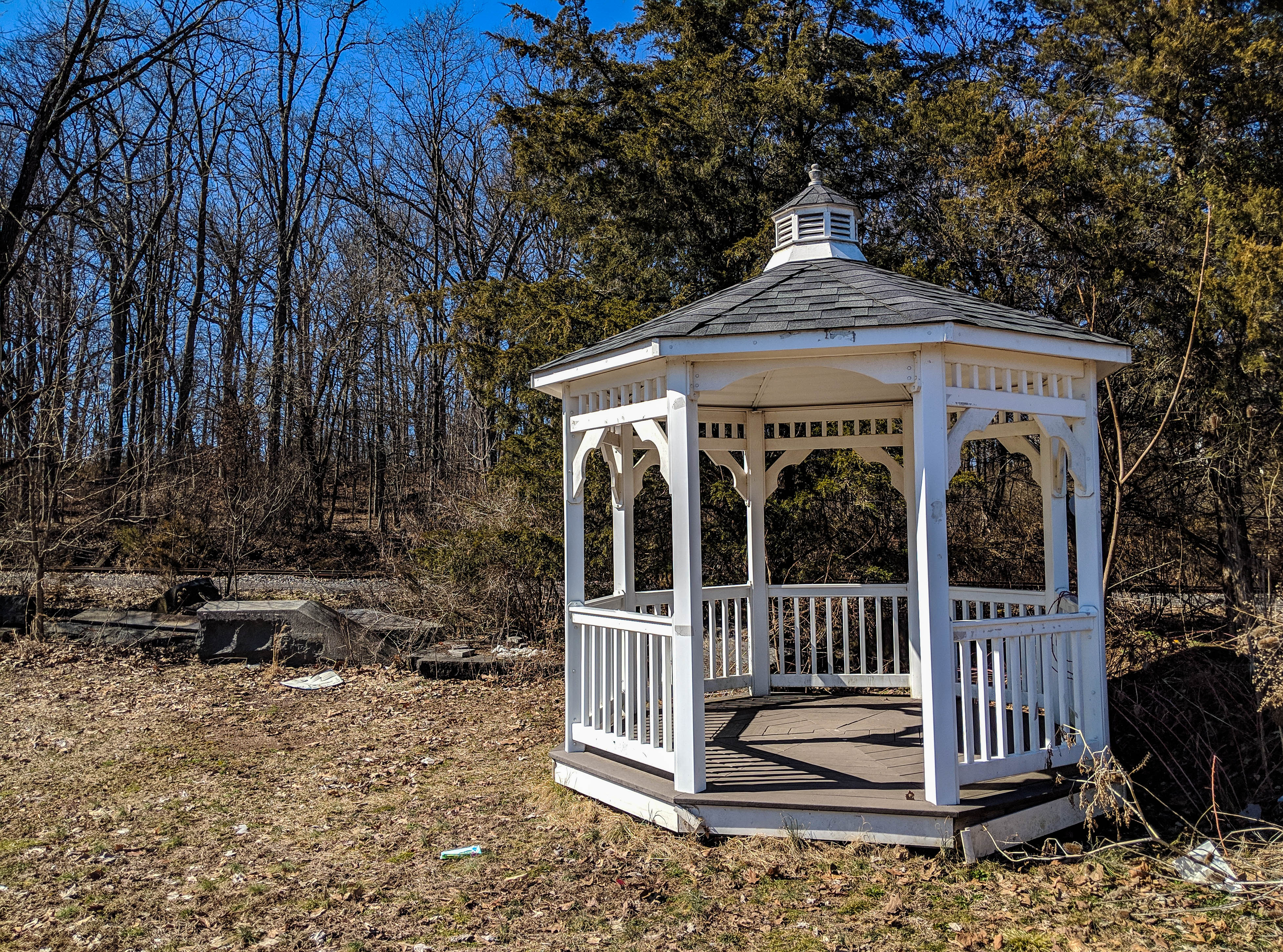 This gazebo could once be found in the center of campus (Photo Mary Frasier/The Gettysburgian)