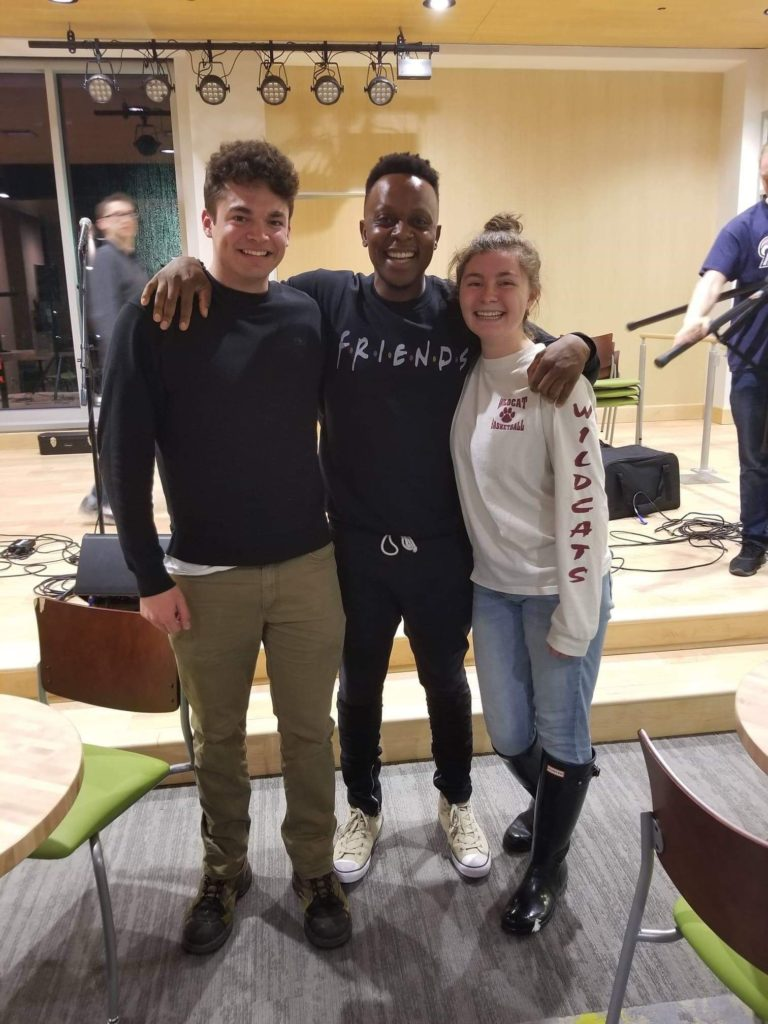 Nelly's Voice (middle) posed with Will Durham '21 (left) and Grace Bushway '21 (right) after his performance (Photo Maddie Neiman/Tje Gettysburgian)
