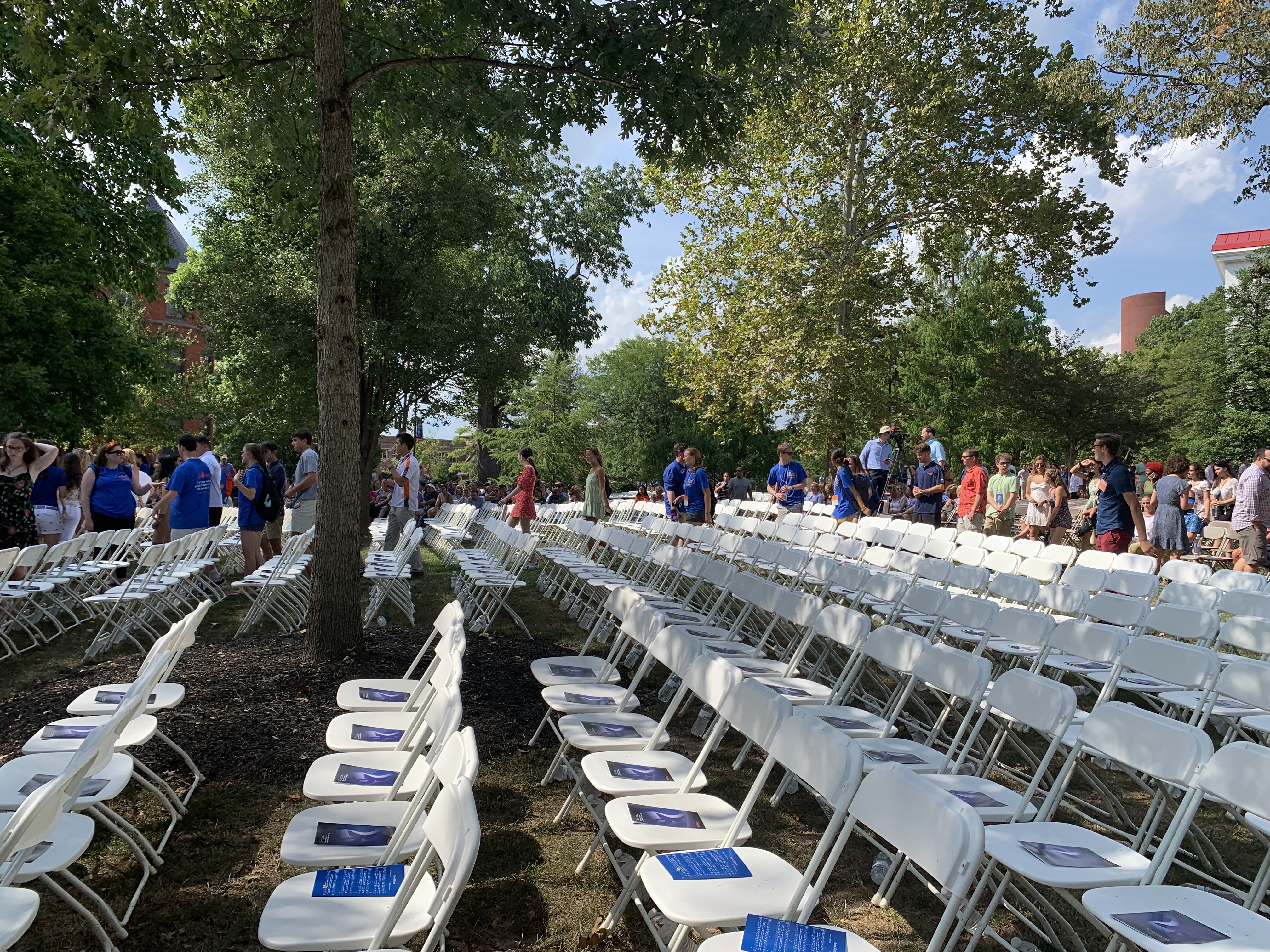 Chairs and programs await the Class of 2023 and their families at the 2019 Opening Convocation ceremony (Photo Nicole DeJacimo/The Gettysburgian).