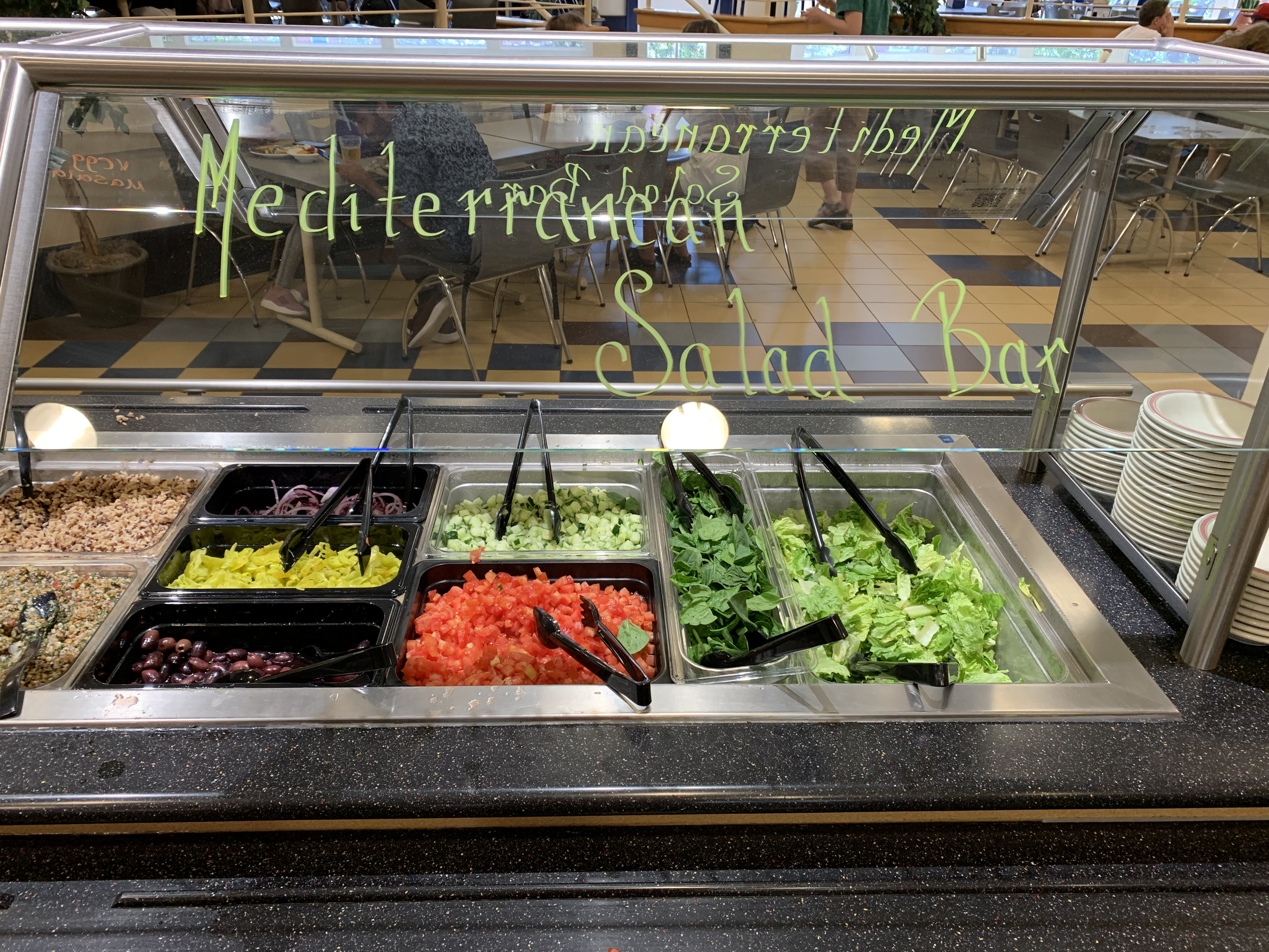 Smart Eats's Mediterranean salad bar features a wide variety of fruits and vegetables, along with other nutritious toppings (Photo Phoebe Doscher/The Gettysburgian).