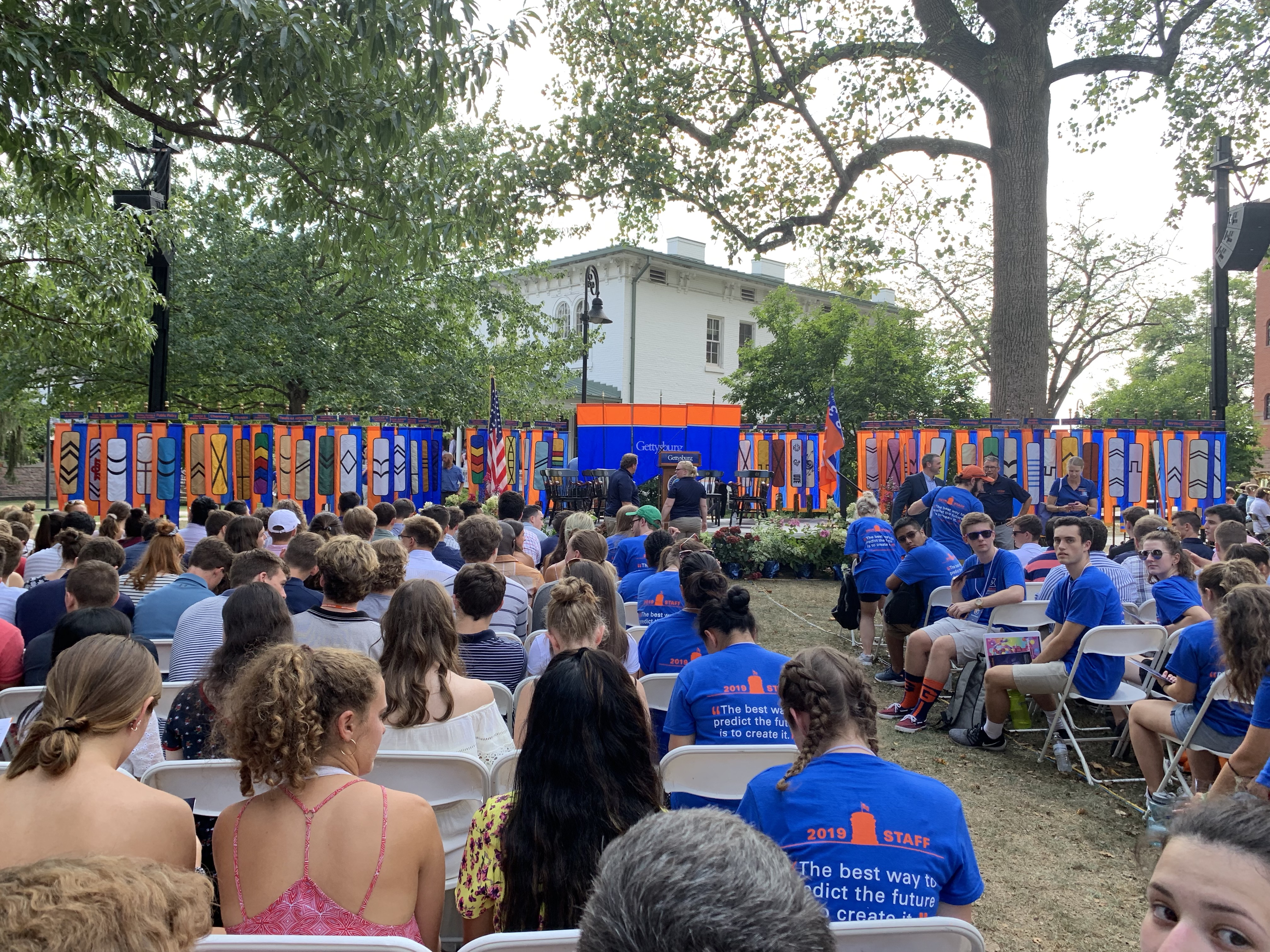 The Class of 2023, families, faculty, staff, and students gathered on the South Side of Pennsylvania Hall for the 2019 Opening Convocation ceremony (Photo Nicole DeJacimo/The Gettysburgian).