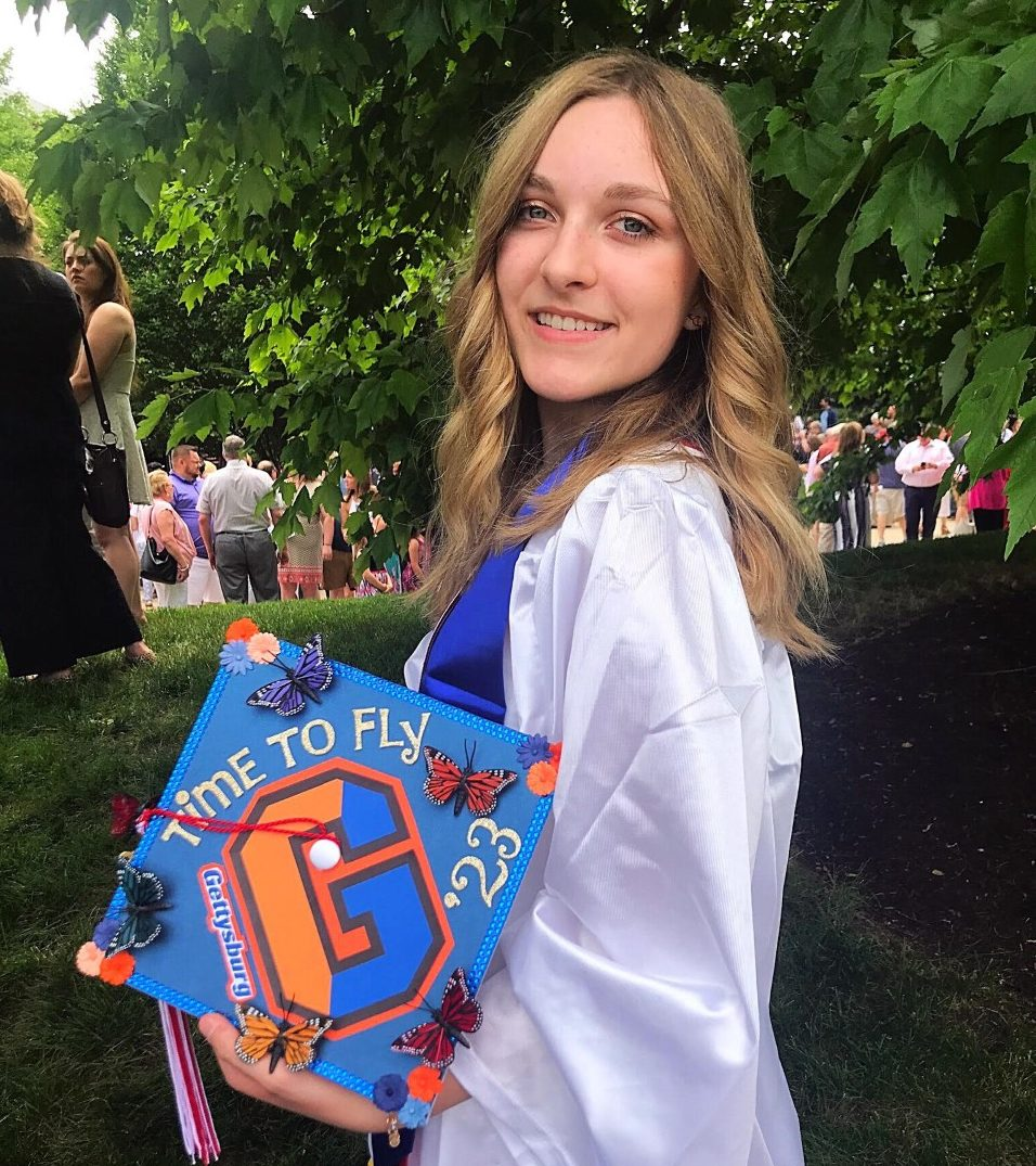 Abigail Roy '23 predicted her ability to glide into college life on her high school graduation cap (Photo courtesy of Abigail Roy)