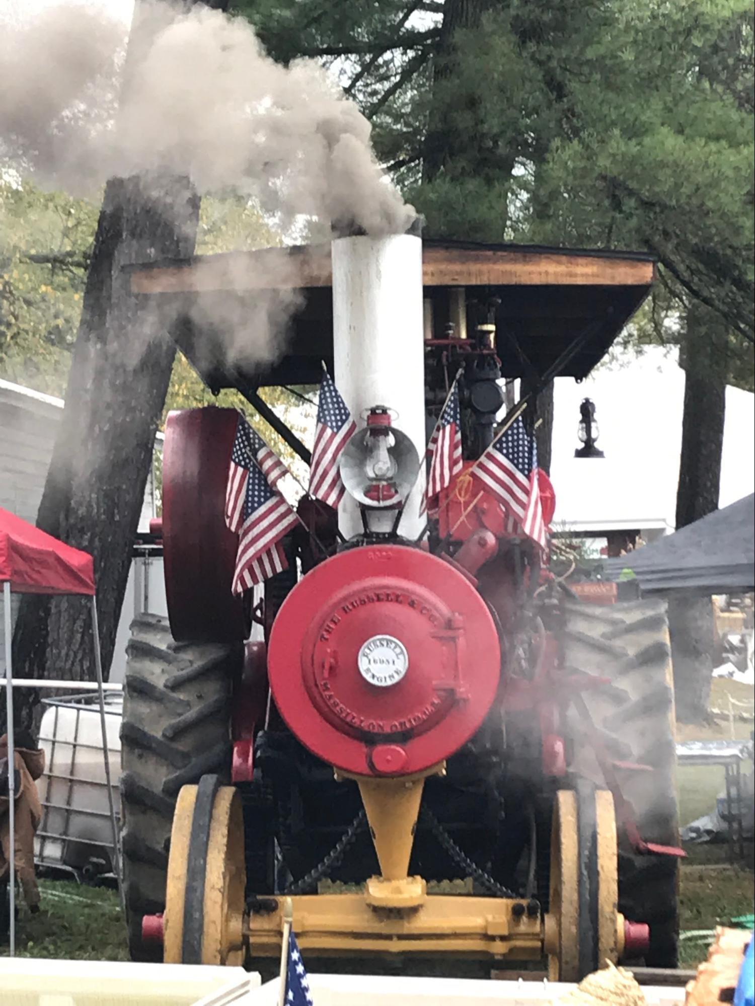 The National Apple Harvest Festival includes activities like hay rides and the chance to view antique cars and gas engines (Photo Emma Canfora/The Gettysburgian)