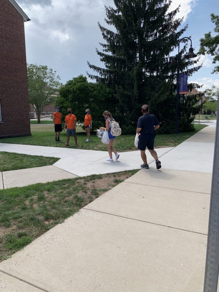 Stine move-in day 2020. (Photo courtesy of Alli Dayton '24.)