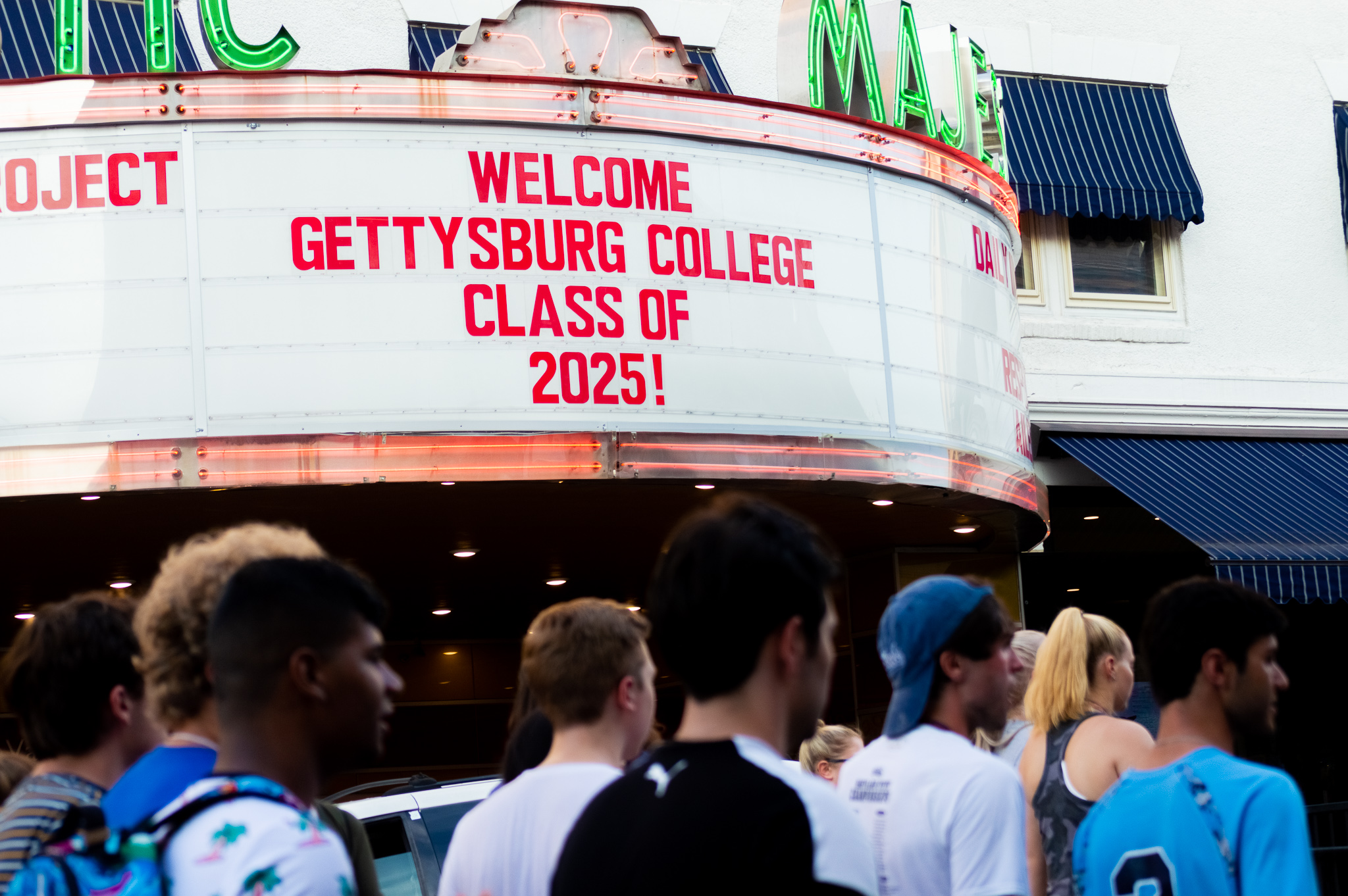 The marquee at the Majestic Theatre welcomes the Class of 2025 to Gettysburg (Photo Aly Wein/The Gettysburgian)