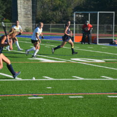 Field Hockey Kicks Off Homecoming Weekend with First Conference Win