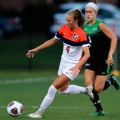 Women's Soccer Beats York, Falls to Washington College